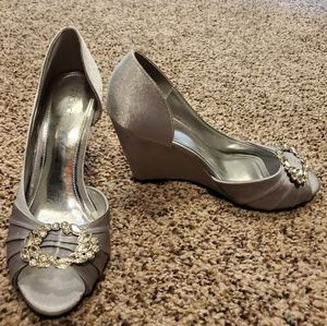 Silver wedge heel dress shoes